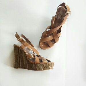 Vince Camuto Women's Hattie Strappy Wedge Sandals